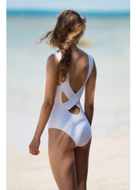 Белый купальник с оригинальным вырезом на спине